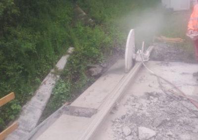 Brückenkopf mittels Wandsäge abgetrennt