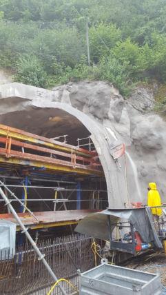Wandsägen am Eisenbahntunnel Oberstaufen